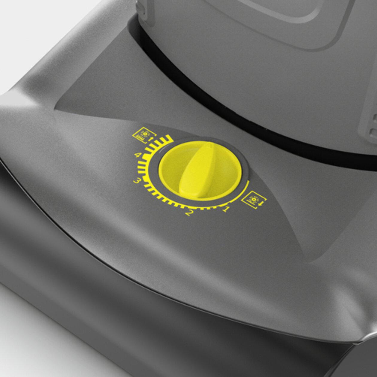 Upright brush-type vacuum cleaner CV 30/1: Manual roller brush adjustment