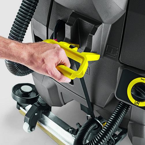 Schrob-/zuigmachine BD 43/25 C Bp: Robuuste bedieningselementen