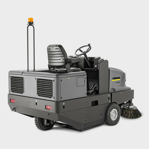 Vacuum sweeper KM 150/500 R D Classic: Hydraulic rear-wheel drive with solid rubber tyres
