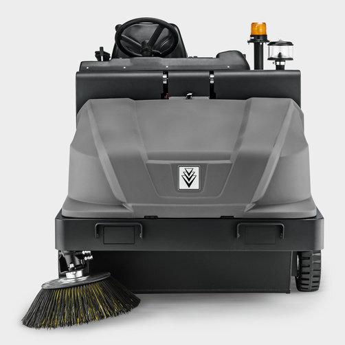 Varredeira com Aspiração KM 130/300 R Diesel: Tração traseira hidráulica com pneus de borracha maciça