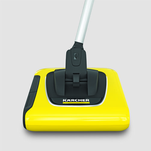 Cordless electric broom KB 5: Flexible double joint