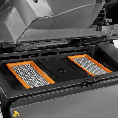 Seprő- és seprő-szívógép KM 105/100 R LPG+KSSB: Újszerű hatékony és automatikus Tact szűrőtisztítással