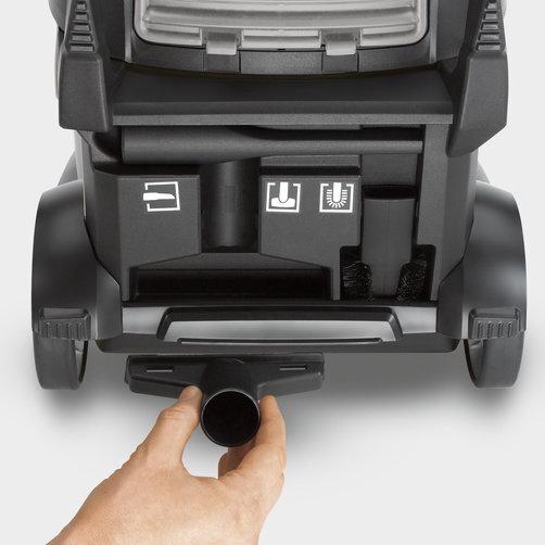 Пылесос сухой уборки T 15/1: Интегрированный отсек для хранения аксессуаров
