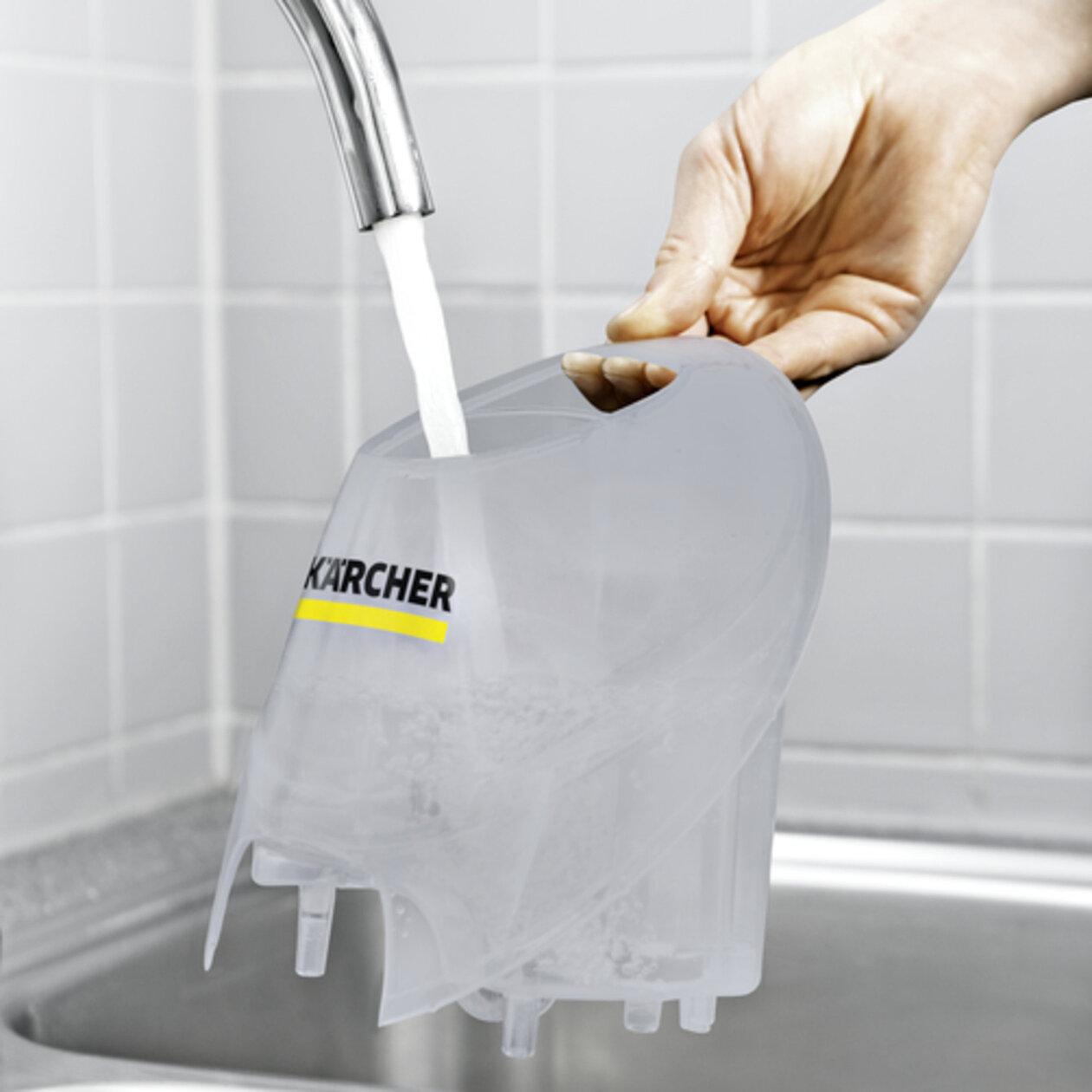 Gőztisztító SC 4 EasyFix Premium (fehér): Folyamatosan újratölthető, levehető víztartály