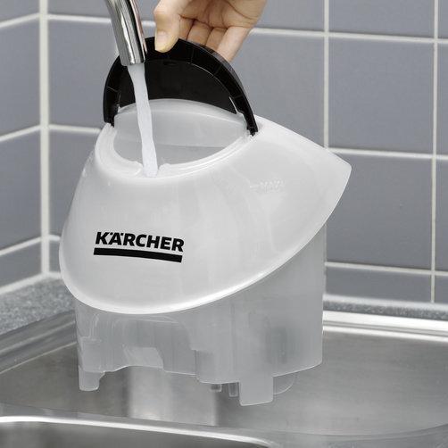 SC 5 EasyFix: Khoang chứa nước rời, có thể châm thêm nước bất cứ lúc nào
