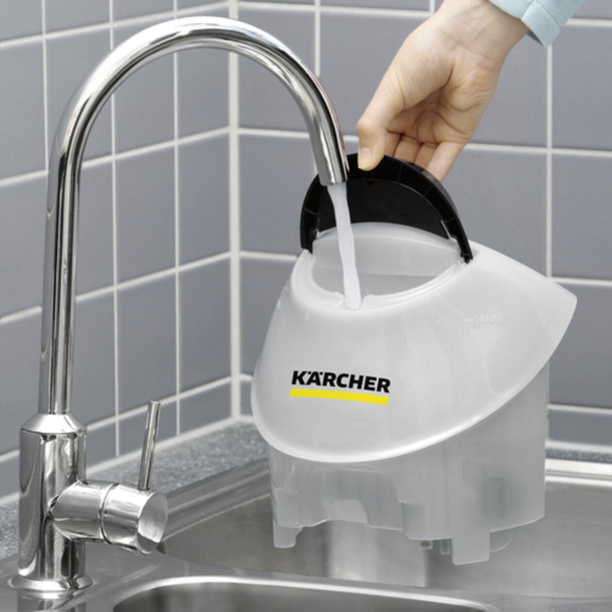 Gőztisztító SC 5 EasyFix Premium (fehér): Folyamatosan újratölthető, levehető víztartály