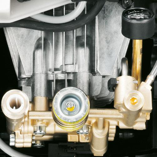 Аппарат высокого давления HD 9/20-4 MX Plus: Высокая мощность и долговечность