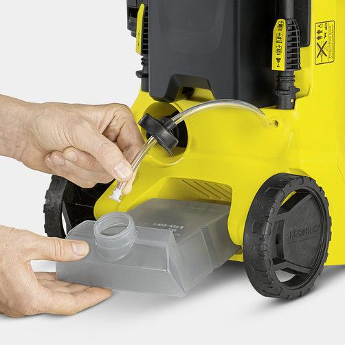 Мини-мойка K 3 Full Control Car: Встроеный бак для моющего средства