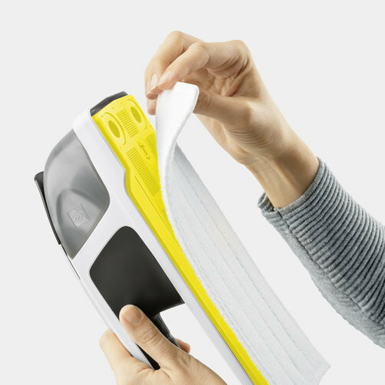 Оконный пылесос KV 4 Premium: Легко прикрепляемая салфетка