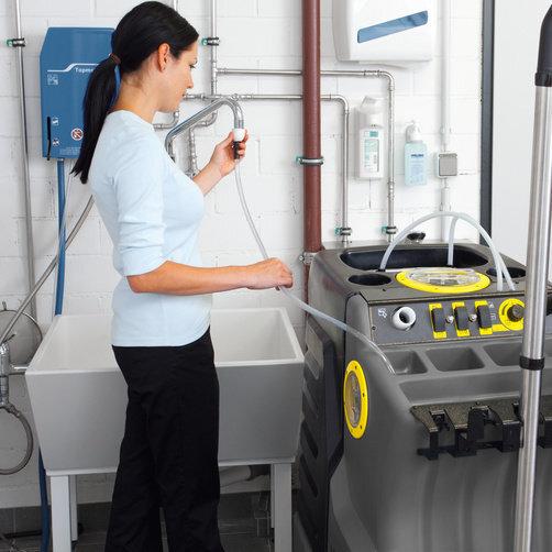 High pressure washer AP 100/50 M: Fresh water always on-board
