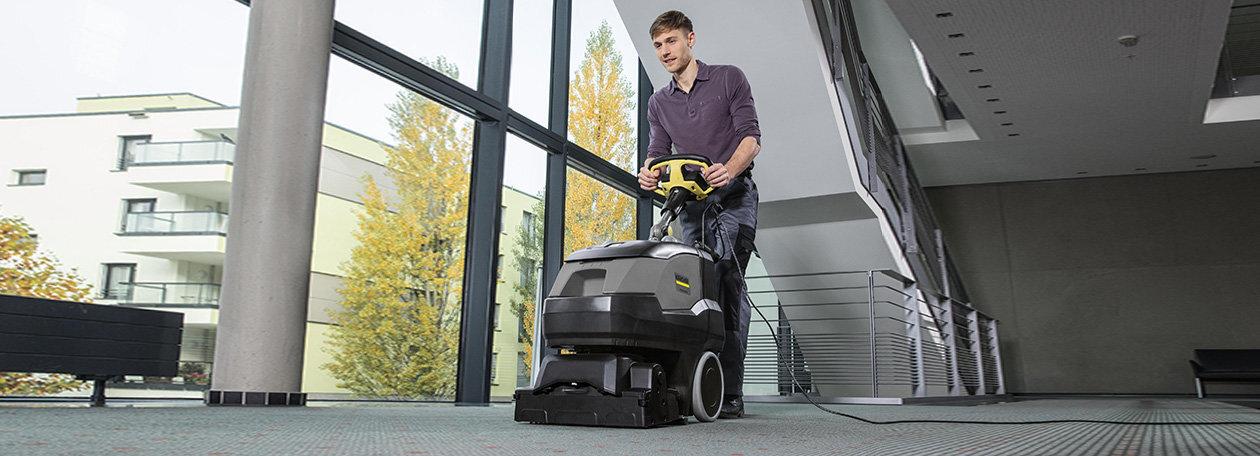 Teppichreinigungsmaschinen – effektive Reinigung großer Teppichflächen