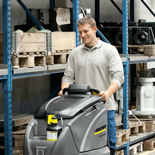 Scrubber Dryer B 80 W: The brush head and squeegee are automatically adjusted