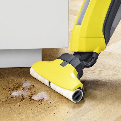 FC 5 Cordless: Αφαιρεί τη σκόνη και τους λεκέδες από νερό