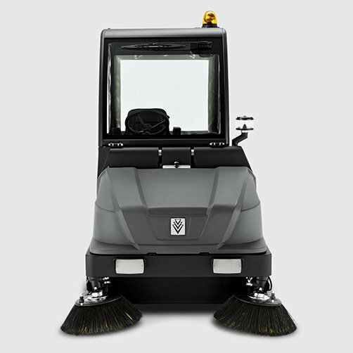 Vacuum sweeper KM 130/300 R D: Robust construction
