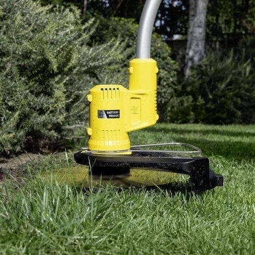 LTR 36 33 lawn trimming app 01 CI15502x502 - Podadora KARCHER LTR 36-33 BATTERY.     1.444-350.0