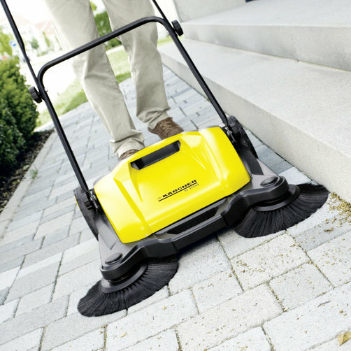 Push sweeper S 650: Two side brushes (S 650)