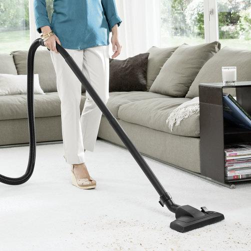 Хозяйственный пылесос WD 3 Premium Home: Специальные аксессуары для уборки различных поверхностей и текстильной обивки мебели