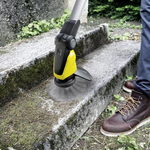 Eliminador de malas hierbas WRE 18-55 Battery Set: Innovador cepillo de nailon