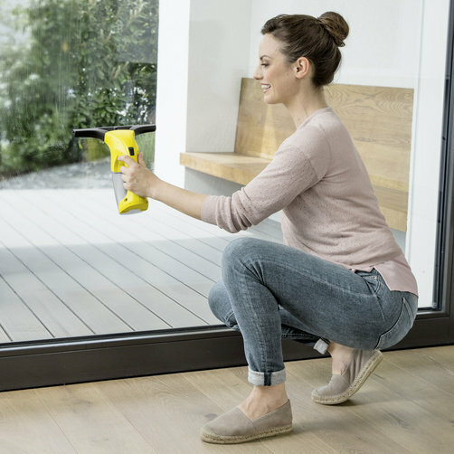Window cleaner WV 1 Plus: Compact and handy