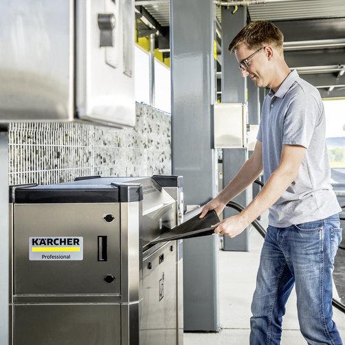 Autószőnyeg-tisztító, 3 fázisú száraztisztítás: Széles beillesztési tengely
