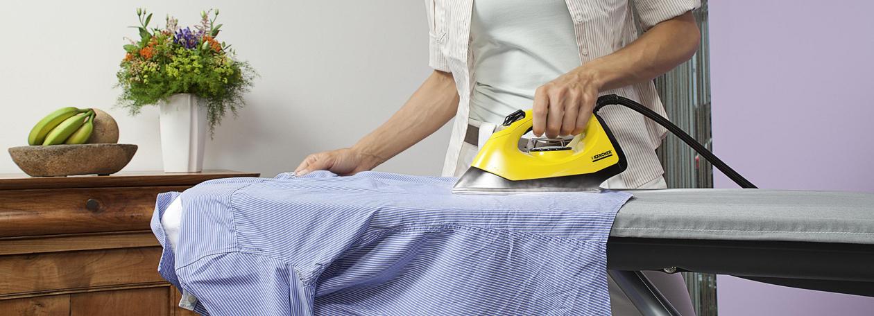 Bügeln und Dampfreinigen in einem Aufwasch