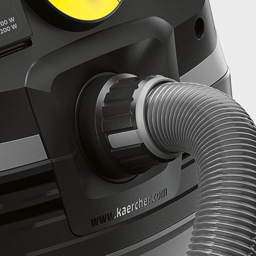 Пылесос влажной и сухой уборки NT 40/1 Tact Te L: Соединение всасывающего шланга в турбинной голове