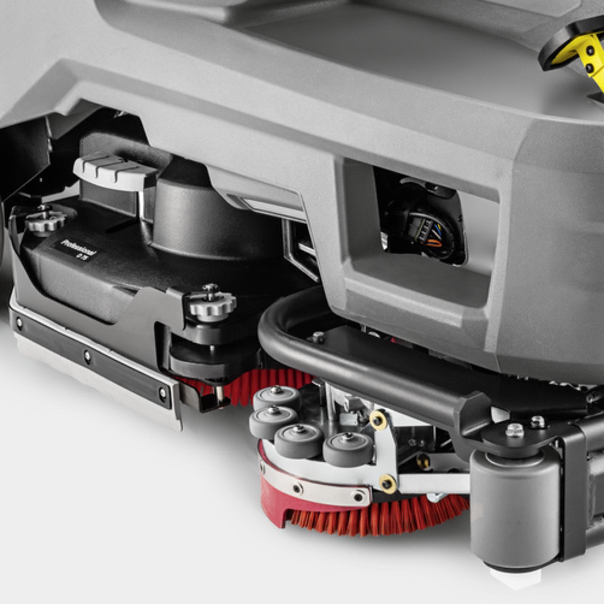 B 110 R Bp Pack 170Ah+Dose+SSD+R75: Tids- og kostnadsbesparende sidebørster.