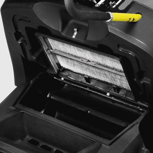 Подметально-всасывающая машина KM 85/50 W G: Эффективная система фильтрации