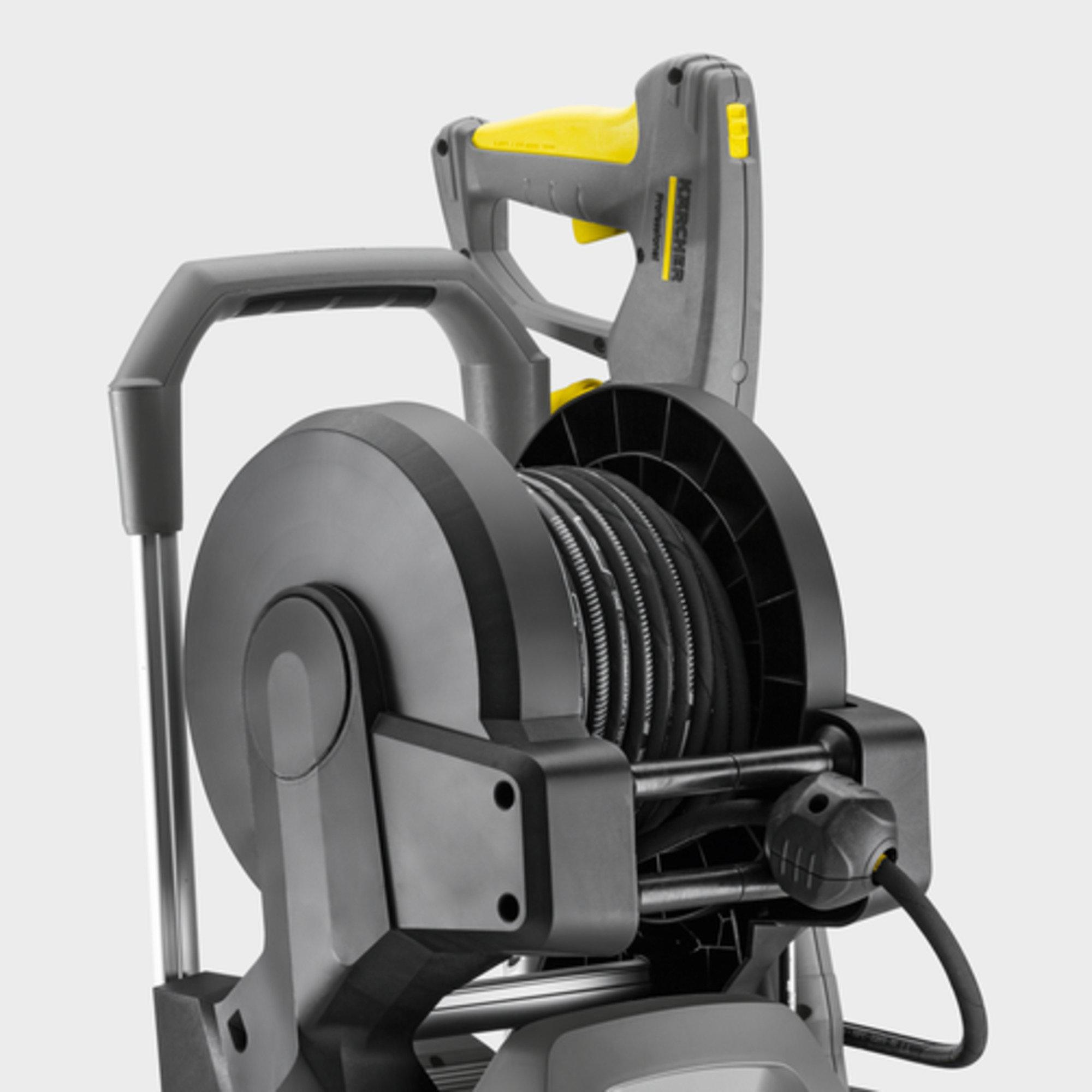 HD 8/18-4 MXA Plus: Pružinový automatický hadicový bubon