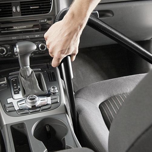 Száraz-nedves porszívó WD 3 Car: Speciális tartozékok a gépkocsi belső tisztításához