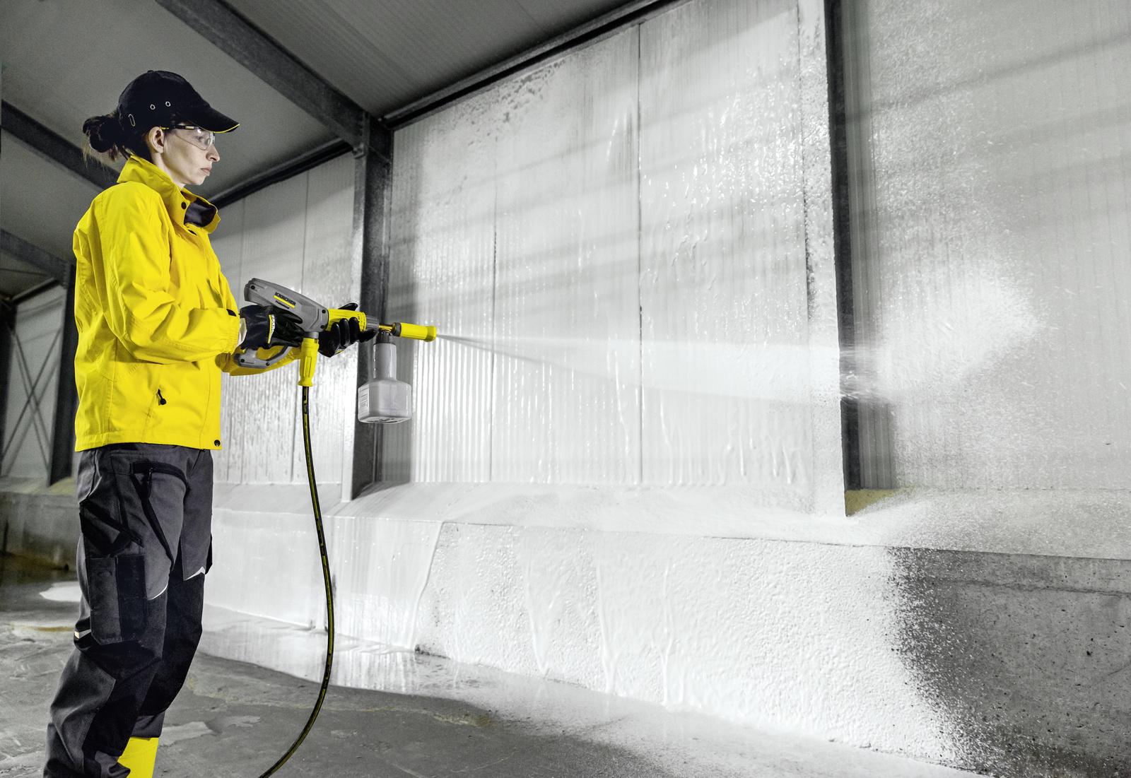 Uso de detergentes con limpiadoras de alta presion de agua caliente Kärcher