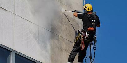 外壁掃除のポイントー素材に合わせた適切な清掃方法
