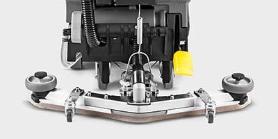 耐油性Vスクイジーを標準装備、高い吸水力で安全に貢献の解説画像