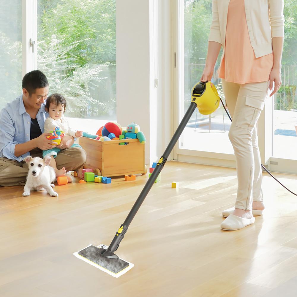 スチームクリーナーで床掃除