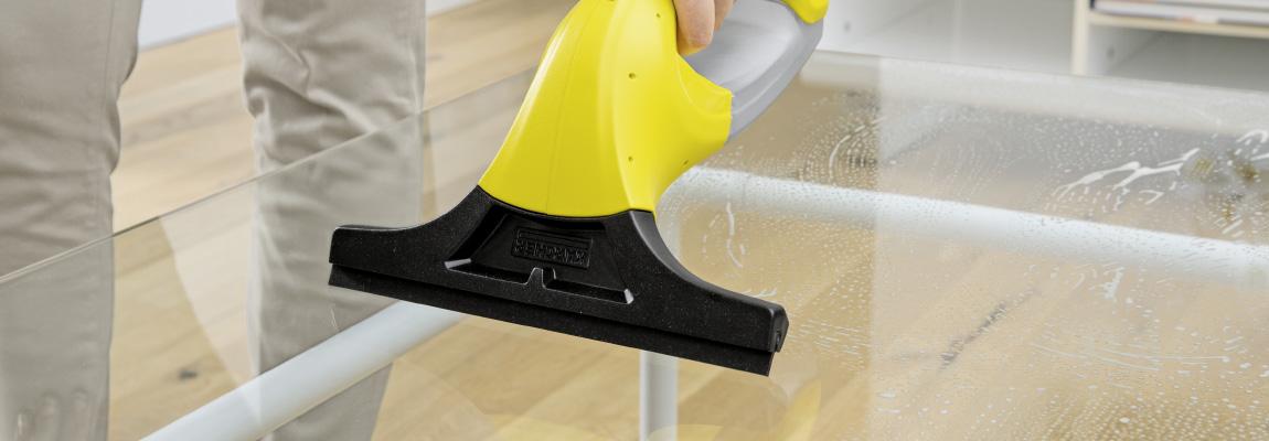 ガラス家具の掃除