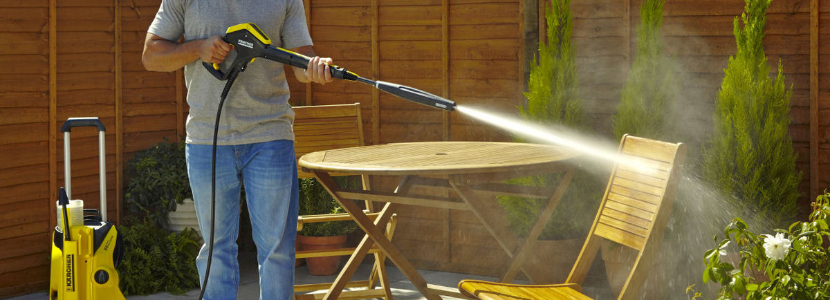 Merveilleux Cleaning Garden Furniture
