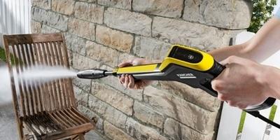 Очистка садовой мебели с помощью аппаратов Керхер