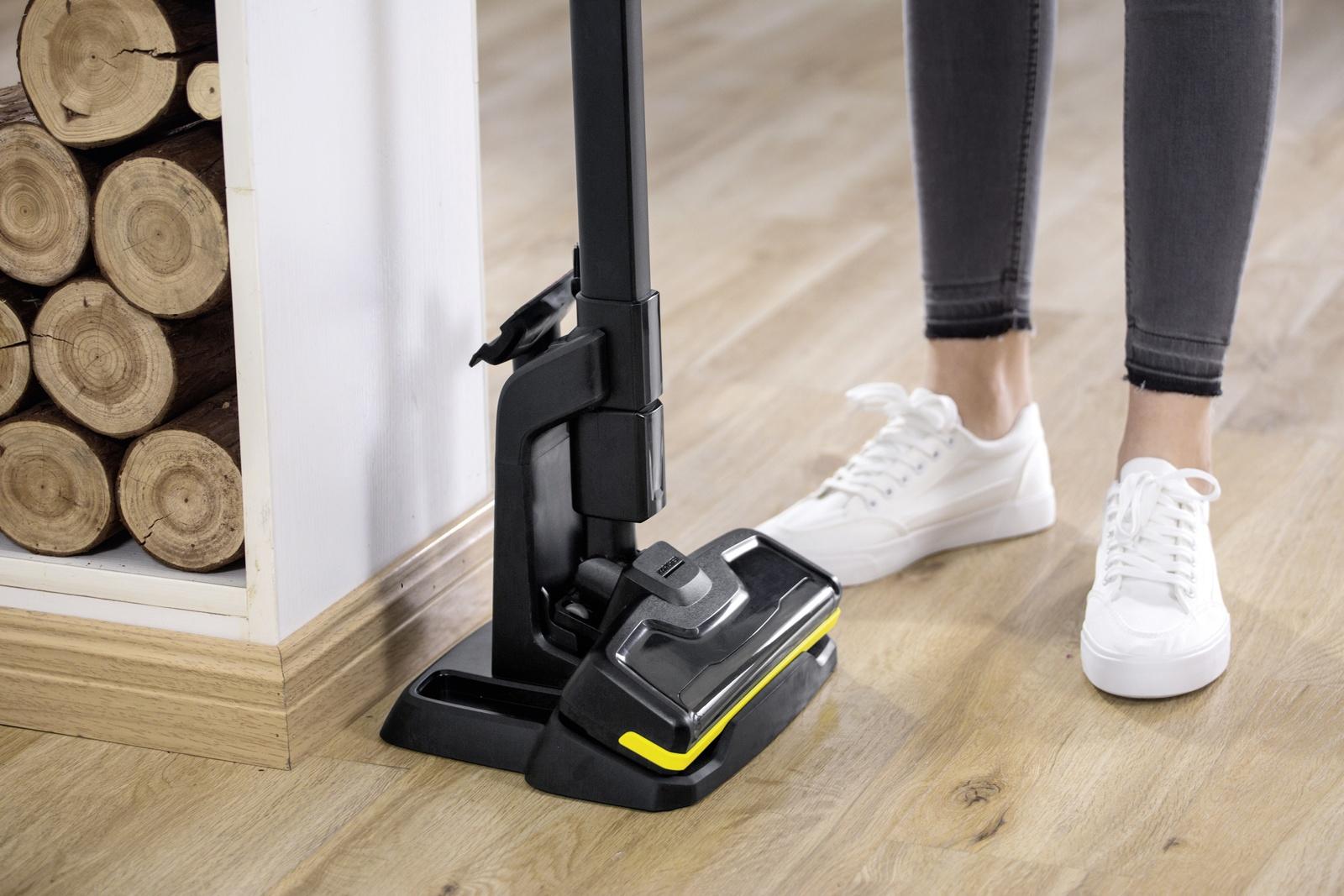handheld vacuum cleaner vc 4i cordless yellow k rcher. Black Bedroom Furniture Sets. Home Design Ideas
