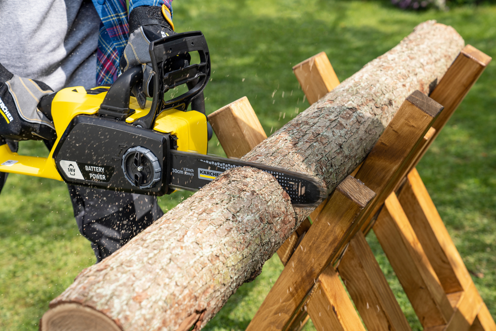 Karcher S Cns Range Battery Powered Chain Saws For Home Users Karcher International