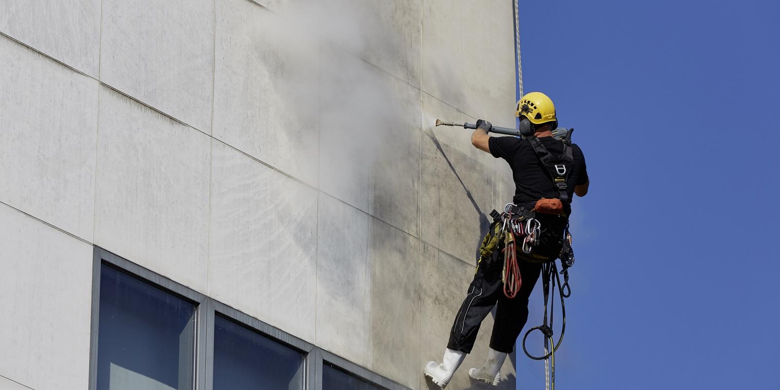 удаление высолов с бетона