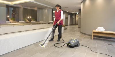 Limpiadoras-aspiradoras de vapor profesional y limpiadoras de vapor Kärcher para  desinfección
